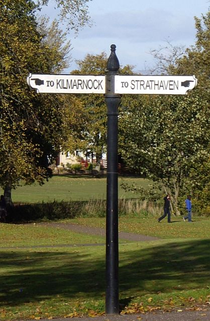 Eaglesham Fingerpost