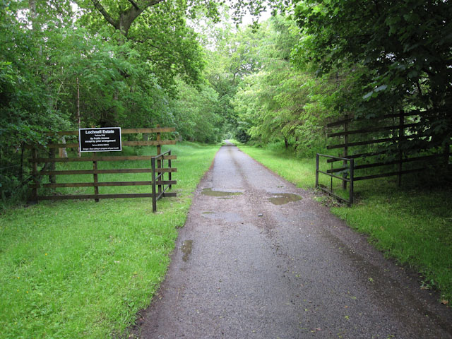Access track to Lochnell House