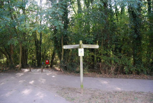 Footpath signpost near Haysden Country Park