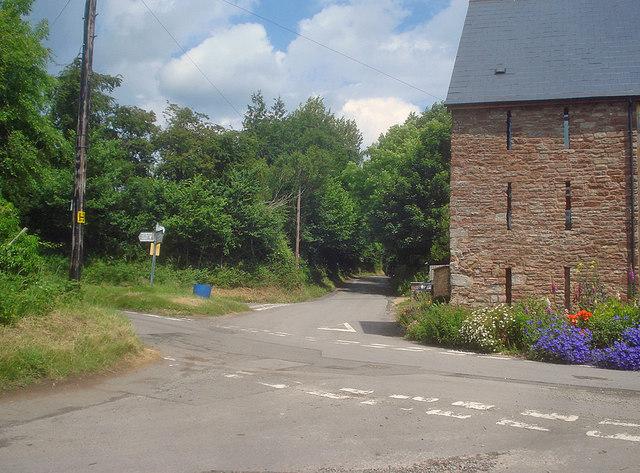 Lane junction at Linton