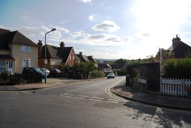 Audley Avenue, Pembroke Rd junction