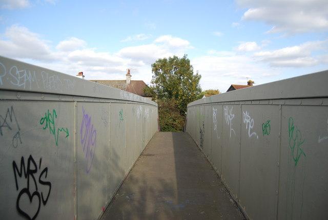 Footbridge over the railway, Nelson Avenue