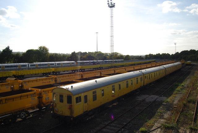Trains in the sidings, Tonbridge