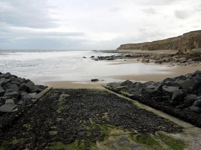 Coastal scenery north of Salterfen Rocks