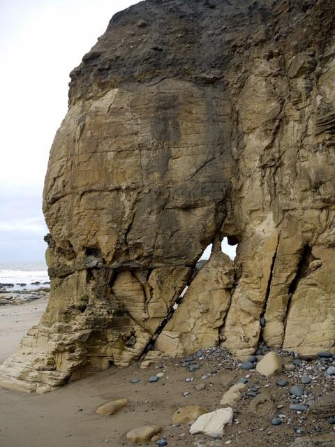 Cliff erosion north of Salterfen Rocks