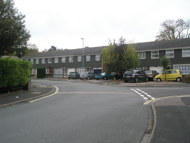 Junction of White Cross Gardens and The Riding