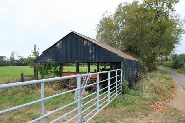 Barn beside Mill Lane