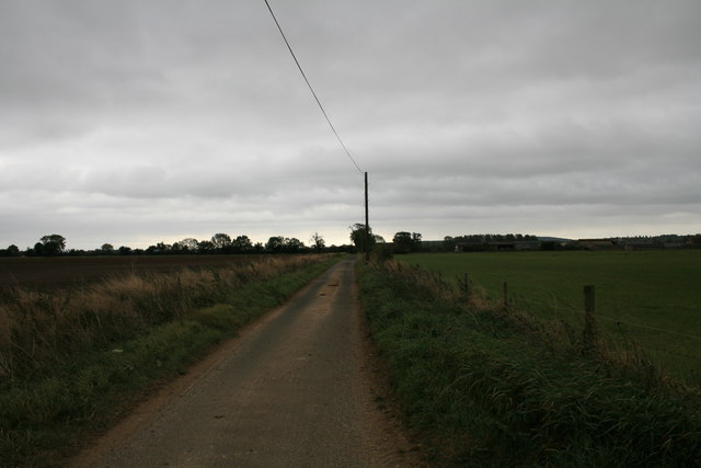 Approaching the end of Mill Lane
