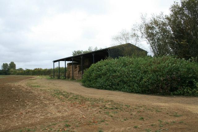 Barn beside the A4095