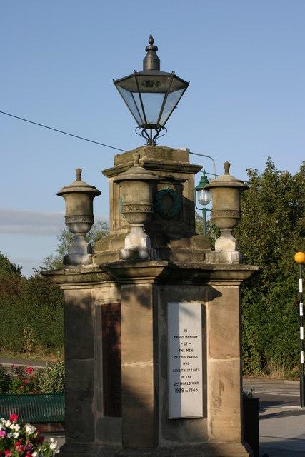 Fazeley War Memorial  (5)
