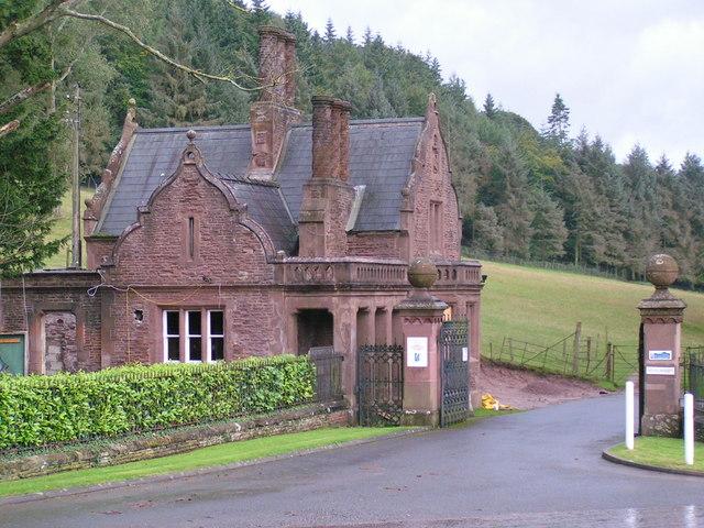 Entrance to Waystone Leas