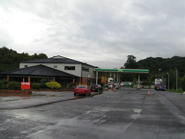 Service station on the A40