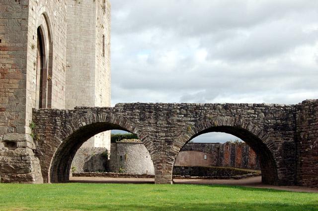 Bowling Green Bridge, Raglan Castle
