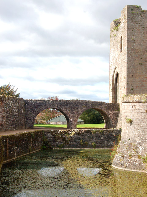 Moat and Bowling Green Bridge, Raglan Castle