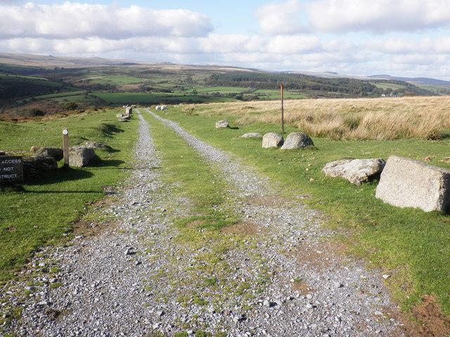 Bridleway, to Dartmeet