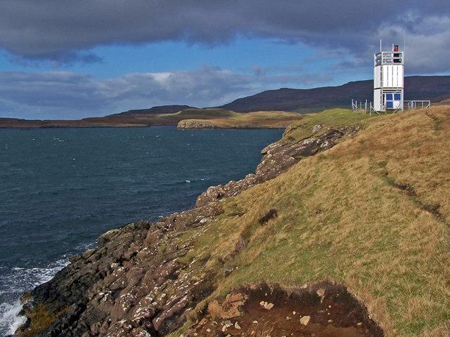 Western shore of Uiginish Point
