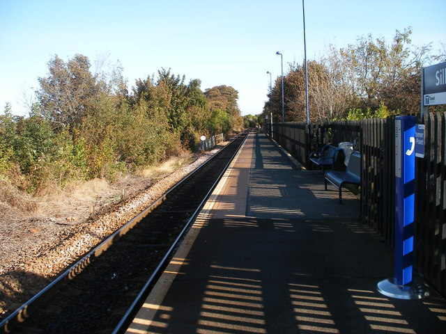 Silkstone Common Station looking east.