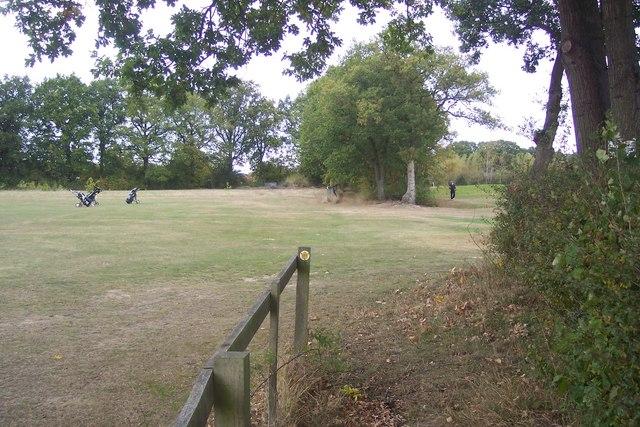 Footpath crosses London Beach Golf Course