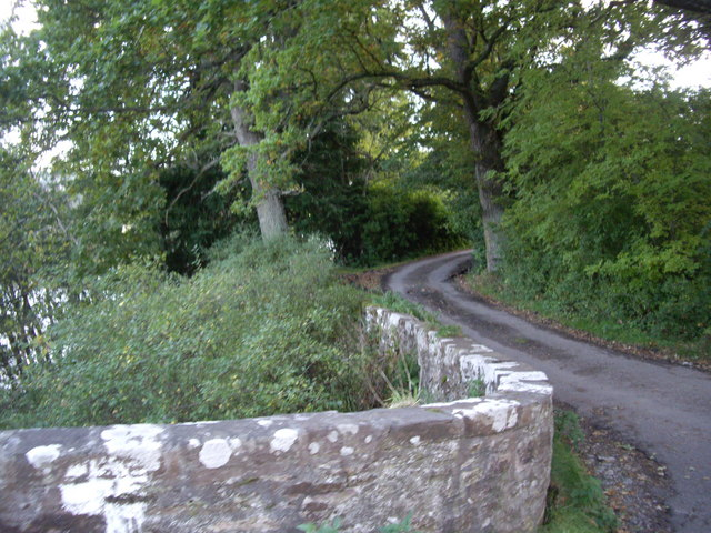 Track up the left bank of the River Beauly