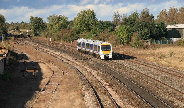 Southbound Passenger train at Banbury North