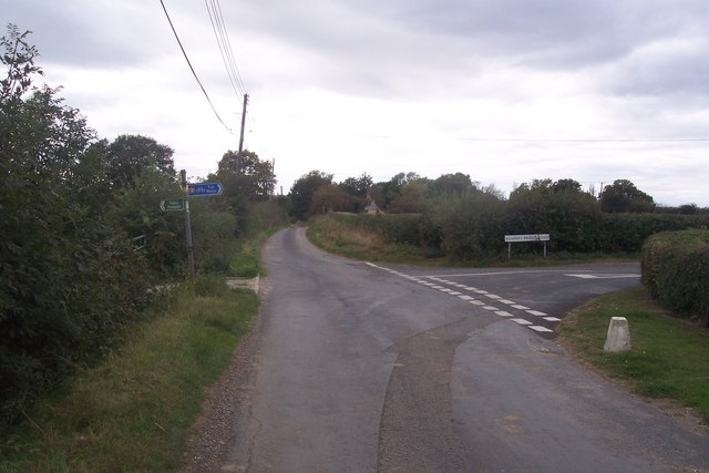 Road junction on Grange Road