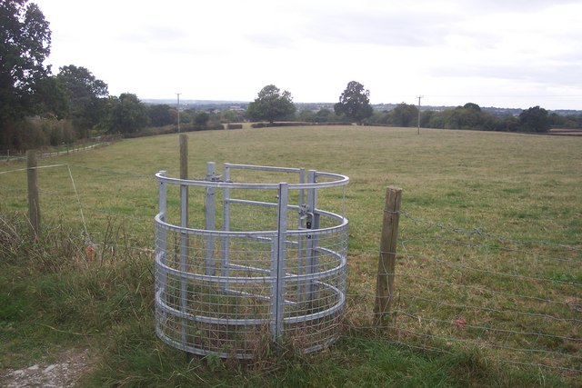 Kissing gate near Grange Road