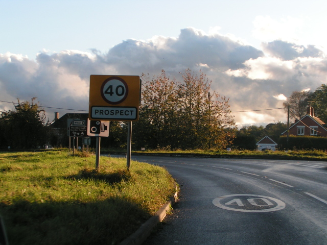 Speed restriction and a bend on the A345, heading south