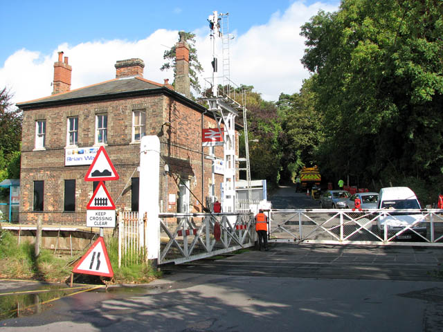 Brundall railway station - level crossing on Station Road