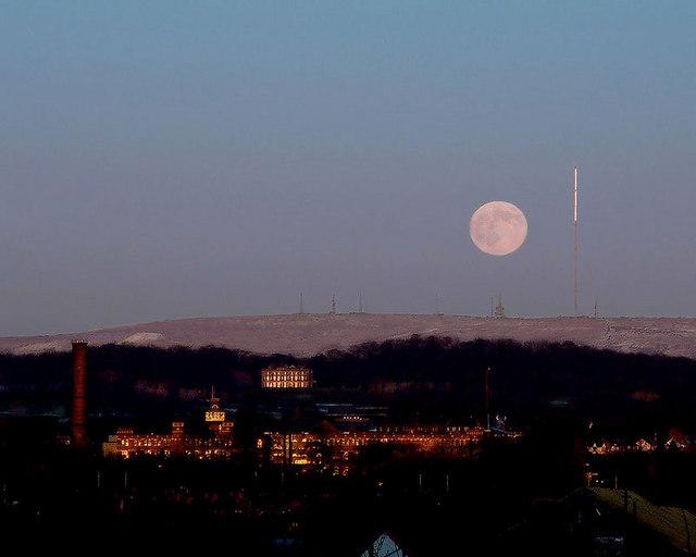 Moonrise 26th Dec 2004
