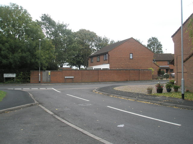 Approaching the junction of  Larkhill Road, Green Farm Gardens and Honeywood Close