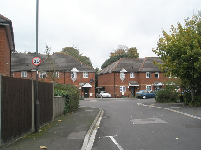 Approaching the junction of  Benham Drive  and Breech Close