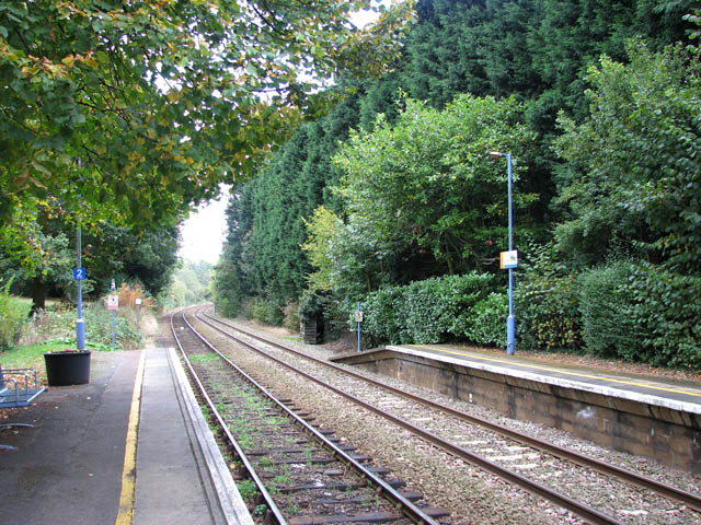 Brundall Gardens station - view east along the line