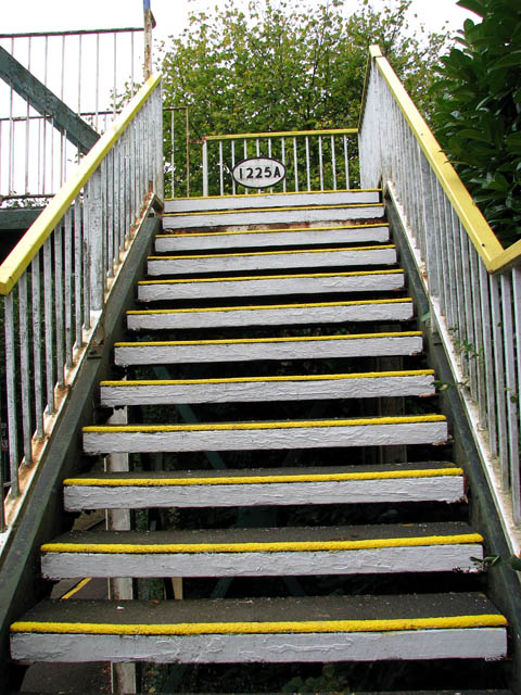 Brundall Gardens station - footbridge 1225A