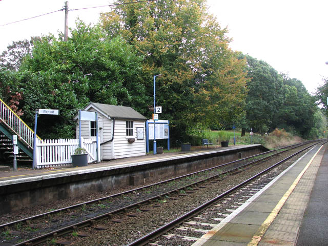 Brundall Gardens station - waiting room on platform 2 (eastbound)