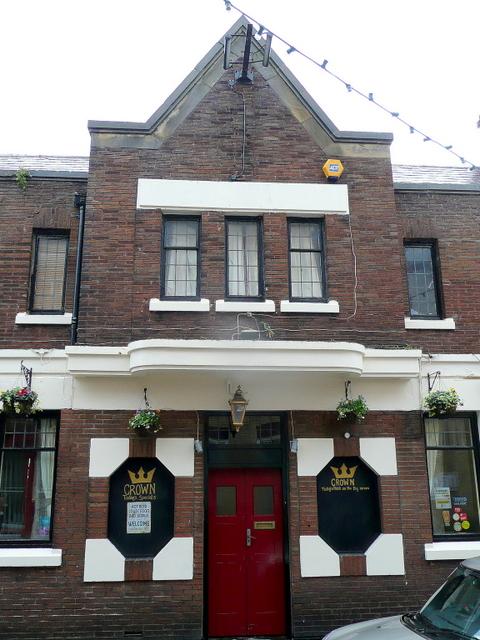 The Crown, High Street, Caernarfon