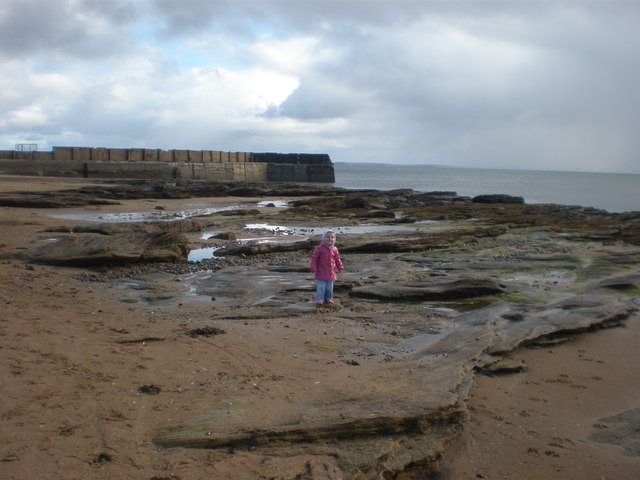 Rock pools by Embo Pier