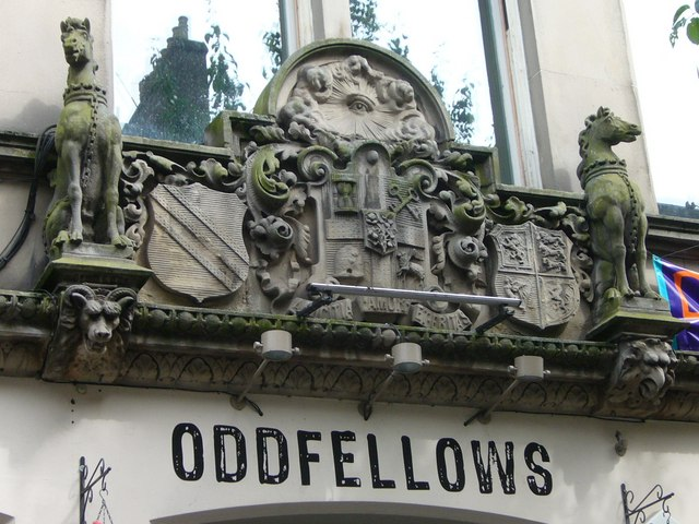 Oddfellows Hall sculpture, Forrest Road