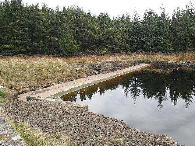 Outflow, Cobbinshaw Reservoir