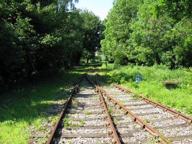 Crossing the East Kent Railway