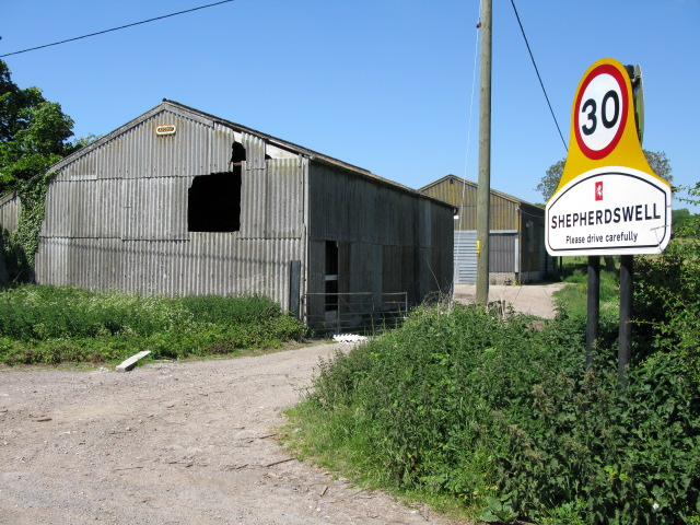Farm buildings on Coxhill Road, Sheperdswell