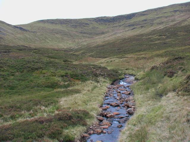 Allt Glas Choire east of Meall Buidhe