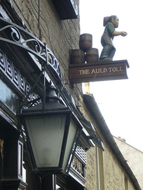 Auld Toll Bar pub sign