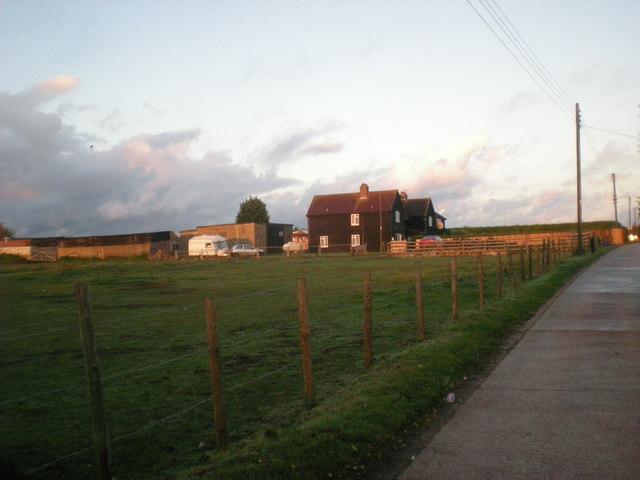 Telegraph Track, Carshalton