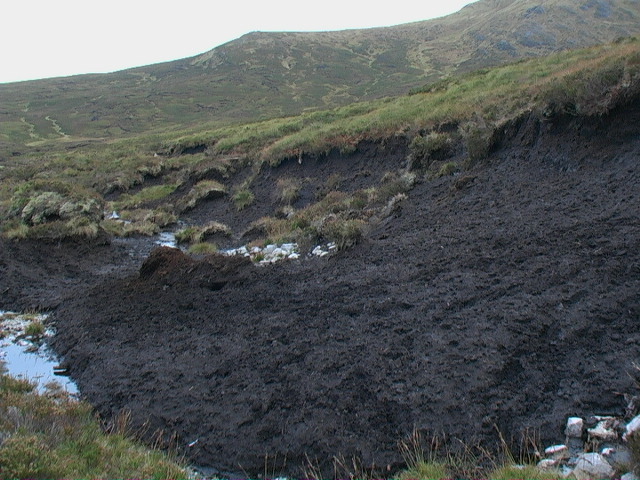 Peat bank with view to Meall a' Phuill