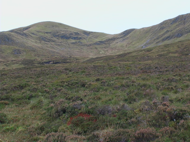 Un-named coire between Meall Buidhe and Garbh Meall
