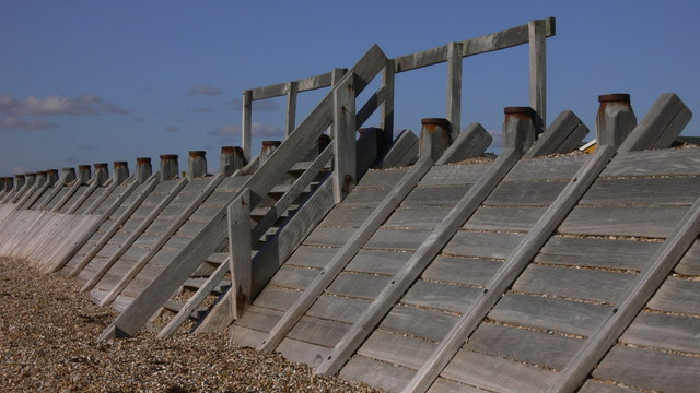 Sea defence wall on South Hayling