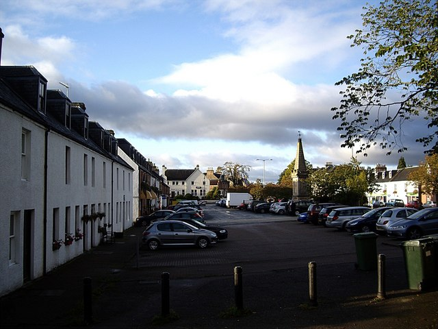 Beauly Square