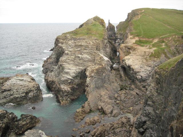 Cliffs near Gunver Head