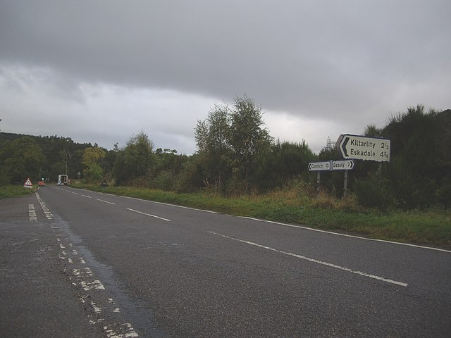 Road junction on A831