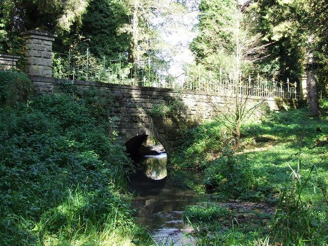 Road Bridge into Cowley over the River Churn